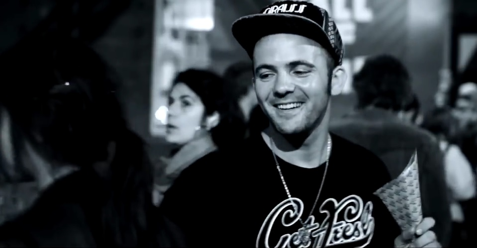 Kosha Dillz Half A World Away Screenshot